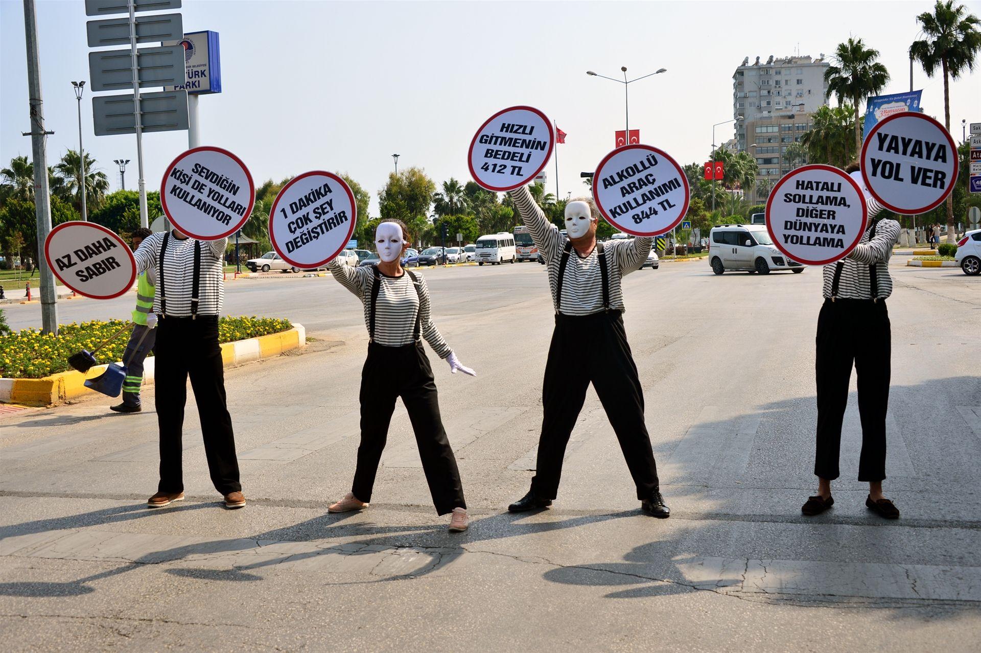 Şehrin Kahramanları (Pandomim) Farkındalık Projesi